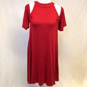 Venus red cold shoulder dress size medium Hill